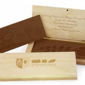 Tableta de chocolate grabada