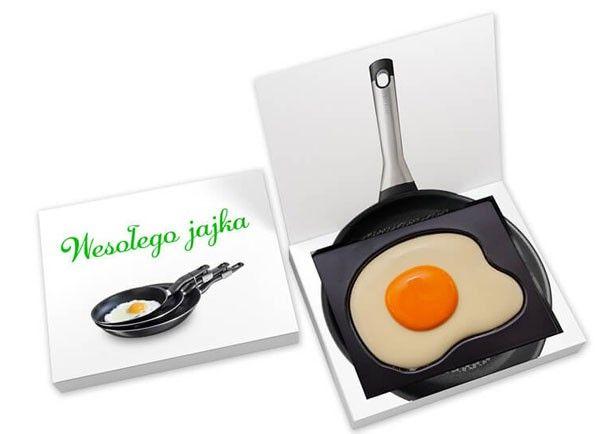 Huevo frito de chocolate en caja